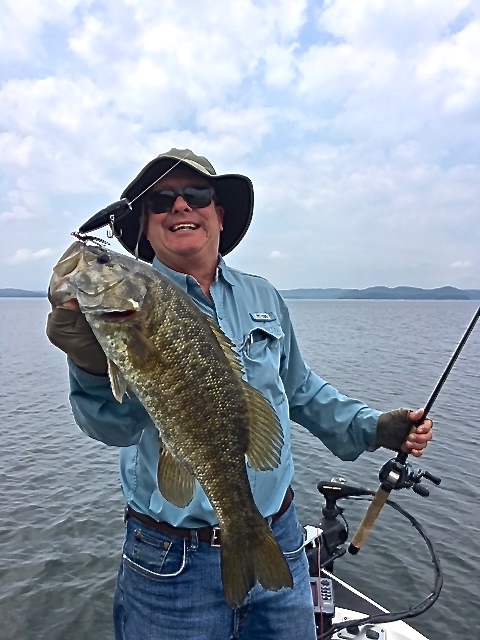 Beavers bend fishing archives beavers bend vacations for Broken bow lake fishing report