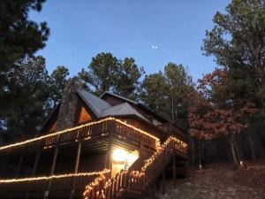 2018 Beavers Bend Cabin Special